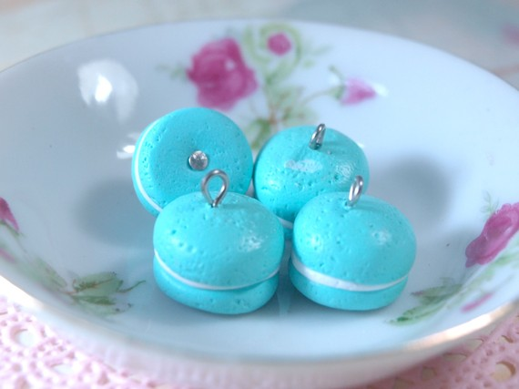4pcs French Macaroons - Blue